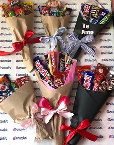 Pin on Kendra's Fun Presents Bouquet Cadeau, Candy Bouquet Diy, Food Bouquet, Gift Bouquet, Candy Gift Baskets, Candy Gifts, Raffle Baskets, Cute Birthday Gift, Diy Birthday