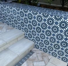 Concrete Steps, Concrete Tiles, Cement, Front Porch Stairs, Artistic Tile, Tile Trim, Kitchen Installation, Light Texture, Blue Square