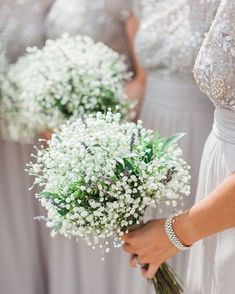 Cripps Barn Cotswolds Wedding with a Hazy Summer Lavender Grey Vibe - Coiffures De Mariage Wedding Flower Guide, Cheap Wedding Flowers, Bridal Flowers, Wedding Ideas, Trendy Wedding, Boquette Wedding, Wedding Reception, Wedding Summer, Reception Halls