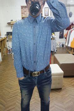 요즘 이상하게 바쁘네ㅡㅡ;;; 오늘은 호피 플라워 셔츠를 만들어 봤어요^^ 남자들이 싫어한다는 호피 근데... 난 왜 호피가 땡기징..ㅋㅋㅋ