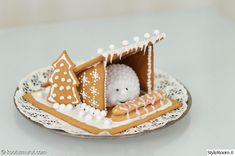 Gingerbread Lean-To and Happy Holidays! Cool Gingerbread Houses, Christmas Gingerbread House, Christmas Home, Christmas Holidays, Xmas, Winter Desserts, Lean To, Happy Holidays, Projects To Try