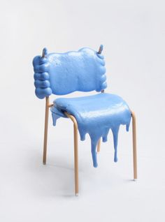 This is an unusual chair designed by Therese Granlund. It made of polyurethane foam, a low class material that usually hidden in furniture. It has a form of Unusual Furniture, Funky Furniture, Classic Furniture, Contemporary Furniture, Furniture Design, Building Furniture, Table Sofa, Muebles Art Deco, Blue And Green