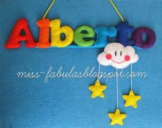 Baby name felt rainbow, cloud and stars - Nombre bebe con arco iris, nube y estrellas en fieltro CONTACT: carmenmissfabulas@gmail.com