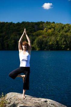 Free Yoga Classes: A Lesson for Yoga Teachers #freeyoga #classes #freeyogaclasses http://www.yoga-teacher-training.org/2006/10/11/free_yoga_classes_a_lesson_for_yoga_teac/