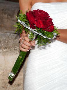 Rosmelia roja. Para novias que se atreven.