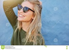 Blue Backgrounds, Young Women, Female Models, Sunglasses Women, Stock Cubes, Beautiful Women, Long Hair Styles, New Pictures, Royalty Free Photos