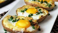 Twice Baked Potato with Egg on Top - video recipe for a delicious breakfast or brunch Breakfast And Brunch, Breakfast Recipes, Breakfast Potatoes, Brunch Recipes, Baked Potato Recipes, Egg Recipes, Cooking Recipes, Potato Snacks, Potato Diet