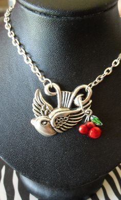 KITSCH ROCKABILLY TATTOO SWALLOW AND CHERRY NECKLACE