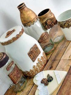 Tin Can Crafts, Jar Crafts, Bottle Crafts, Bottles And Jars, Glass Jars, Mason Jars, Diy Crafts Hacks, Diy Home Crafts, 5 Minute Crafts Videos