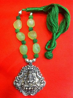 Gajalakshmi Temple Pendant in Green Chalcedony Necklace Pretty Green, Silver Beads, Statement Jewelry, Green Colors, Temple, Gemstones, Pendant, Handmade, Hand Made