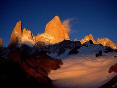 Mount Fitzroy, Los Glaciares National Park, Argentina.jpg