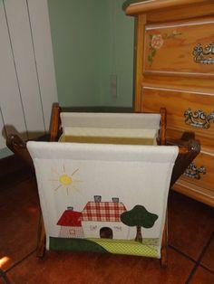.cesto con armazón en madera para guardar las labores de patchwork u otras. Genial!!!!!