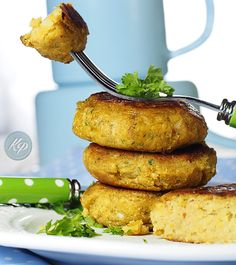 Falafele, czyli kotlety z ciecierzycy Falafel, Tahini, Salmon Burgers, Vegan Vegetarian, Food Porn, Olympus, Cooking, Healthy, Digital Camera