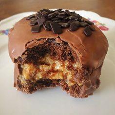 Aprenda a fazer essa receita deliciosa e prática de bolo pão de mel, feita no liquidificador e na assadeira. Fácil de fazer e fica maravilhoso!