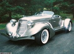 The Most Beautiful Cars Of All Time - No Auburn Speedster Classic Sports Cars, British Sports Cars, British Car, Vintage Cars, Antique Cars, Caterham Seven, Automobile, Auto Retro, Classy Cars