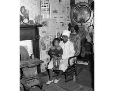 Peter Sekaer - Mother and Child, Mississippi (c1935-40)