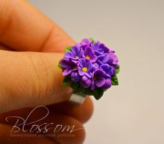 Tutorial blossom flowers in fimo Fimo Ring, Polymer Clay Ring, Polymer Clay Flowers, Fimo Clay, Polymer Clay Projects, Polymer Clay Creations, Clay Crafts, Biscuit, Polymer Clay Kunst