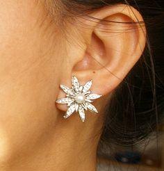 Rhinestone Flower Bridal Stud Earrings Vintage Style by luxedeluxe