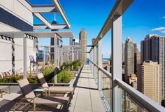 #18 Eight O Five Gold Coast- HomeScout Realty Chicago Luxury Apartment Building