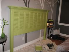 DIY headboard out of old shutters. Too bad old shutters are a hot commodity. Shutter Headboards, Cool Headboards, Headboard Ideas, Homemade Headboards, Furniture Projects, Home Projects, Diy Furniture, Girls Furniture, Bedroom Furniture