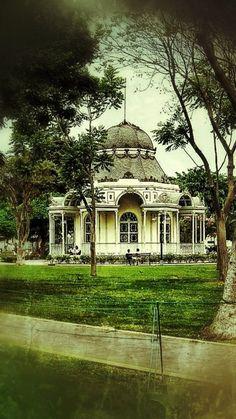 Palacio Bizantino, Parque de la Exposición, Lima.