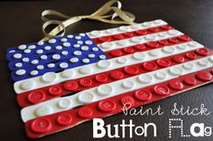 ButtonArtMuseum.com - flag crafts