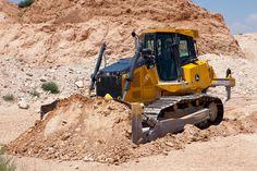 John Deere Construction Class #Dozers Boast More Power, Increased Fuel Efficiency   Rock & Dirt Blog Construction Equipment News & Information #JohnDeere #RockandDirt