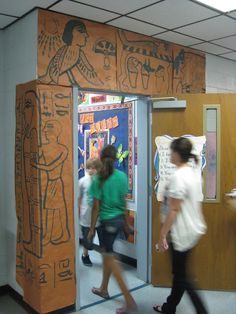 Cassie Stephens: In the Art Room: Art Show Part 2 Egyptian Crafts, Egyptian Party, Ancient Egyptian Art, Egyptian Mummies, Cassie Stephens, Egypt Art, Art Lessons Elementary, Teaching Art, Teaching Tools