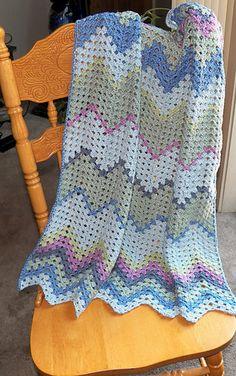 Free Pattern on Ravelry.   www.crochetattic.blogspot.COM. Baby Granny Ripple.