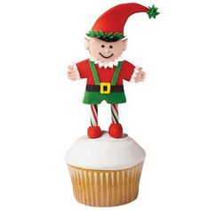 Easy And Creative Christmas Cupcake Decorating Ideas_37