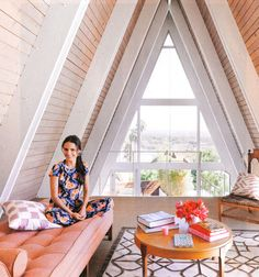 Slightly obsessing over the incredible A-frame image of Jordana Brewster's home featured in the May 2011 InStyle magazine. I LOVE the pale wood panels and the exposed white rafters. Purple Interior, Home Interior, Interior And Exterior, Modern Interior, Interior Design, A Frame Cabin, A Frame House, Attic Rooms, Attic Spaces