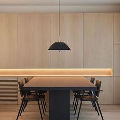 Alemanys 5 es un conjunto de dos apartamentos de alquiler que surge de la magnífica rehabilitación, merecedora de varios premios, realizada por la arquitecta Anna Noguera