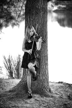 Violinist #2 by Isabel Fassone on 500px
