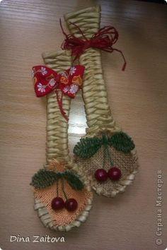Плетение из газет. Декоративные ложки для украшения кухни (19) (320x480, 78Kb)
