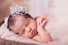 newborn baby girl,newborn photography