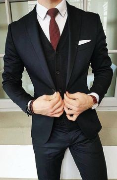 8 Ideas How to Combine Suits To Look Sharp and Chic Anytime - Femalinea - Men's style, accessories, mens fashion trends 2020 Moda Formal, Mode Man, Mode Costume, Style Masculin, Herren Outfit, Mens Fashion Suits, Men's Fashion, Mens Suits Style, Fashion Clothes