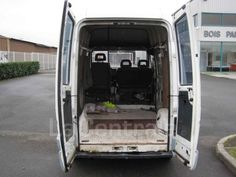 Utilitaire RENAULT TRAFIC FOURGON TOLE T 900 D COURT SURELEVE 6,6M3 1995 Diesel occasion - Saran - Loiret 45