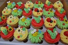 These are DEVINE! Cupcakes With Sugarpaste Snails Caterpillars Bees Toadstools Frogs And