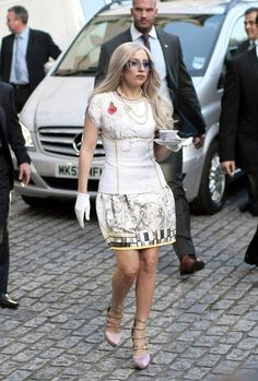 Lady Gaga in Aquilano. Rimondi | Tom & Lorenzo