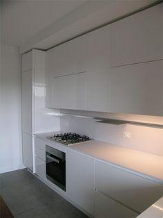 cucina emetrica ernestomeda a Monza laccato total white lucido | Cucina