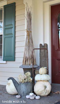 Fall Junkers Unite with a Junky Fall Porch!  DIY: Yard Scrap TOPIARY breidawithab.com