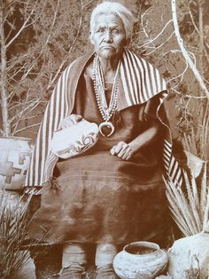 """Toqui-Naachai or Old Washee, was a Navajo """"medicine woman"""".  (Wittick photo: Ft. Wingate, N. Mex. Terr.)"""