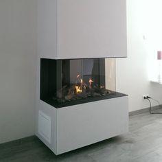 Mooi driezijdig zicht op het vuur