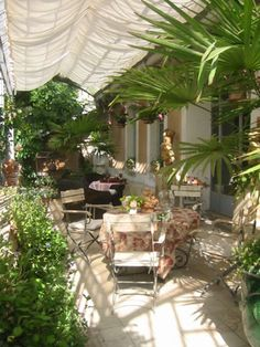 La Madone (furnished apartments in Apt.)    In France