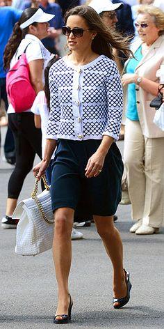 | Pippa Middleton Street Style |