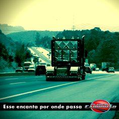 Esse é Para Quem Gosta! O único Lonestar emplacado no Brasil! Vem conferir os dois programas que fizemos sobre essa máquina! www.planetacaminhao.com.br
