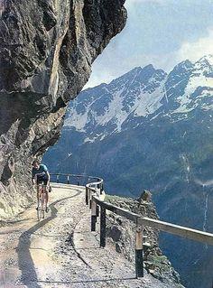 Gavia Road, Gavia Pass - Italy
