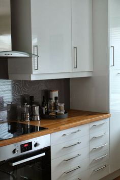 white kitchen - Kotivalossa