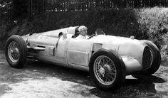 Auto-Union-Silver-Arrow-Type-A-1934