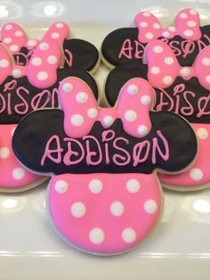 Minnie Mouse Cookies One Dozen by CookiesByHannah on Etsy